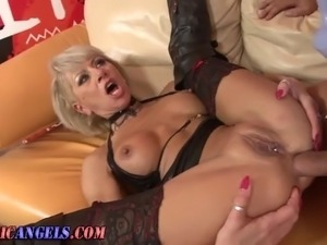 Mature ass fucked slut in stockings and boots sucks dick