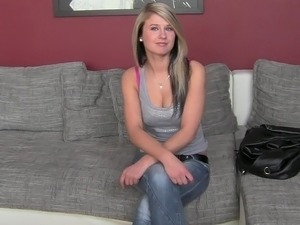 Casting Kelly in lesbian style