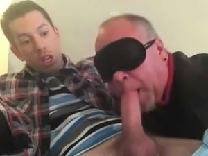 Blindfolded Older Guy Gives Amazing Blowjob To College Twink