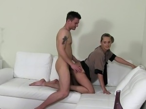 Office casted babe sucks before fucking