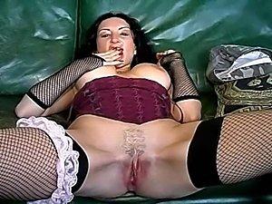 slim lesbian dildo fuck