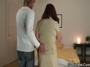 Granny tourist gets pounded free