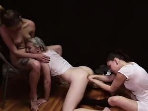 Mormon amateurs in lesbian threesome with underwear fetish
