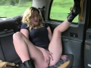 Kinky passenger babe fucked and facialed by fraud driver