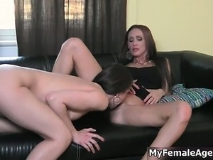 Sexy brunette lesbian gets her horny wet part2