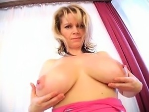 Fuck this MILF for free at Milfsexdating.net