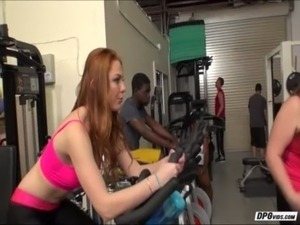 Sexy redhead babe Farrah Flowers gets laid at the gym while working out free