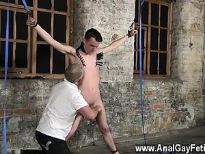 Gay twinks Sean McKenzie is roped up and at the grace of tor