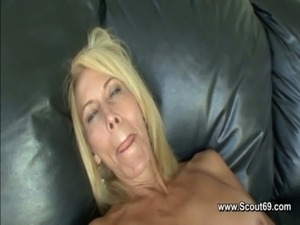 2 Milf or mom make her first lesbian experience free