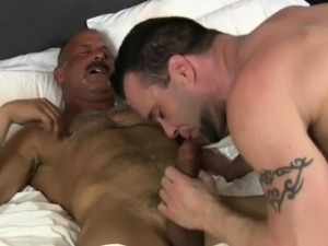 Mature man bareback fucks