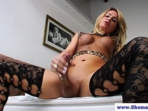 Shemale tranny cums after tugging cock