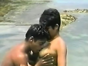 Horny Brazilians Fucking In The Ocean