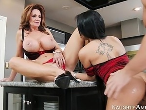 Deauxma and Gulliana Alexis