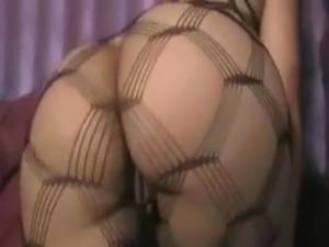 Vickie Sexy ebony free