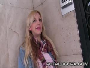 PutaLocura Torbe picks up an amateur blonde to fuck free