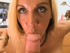 Breasty beauteous babe getting screwed hard