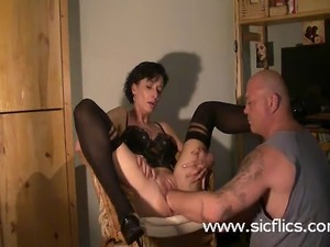 Extreme housewife brutally deep fisted