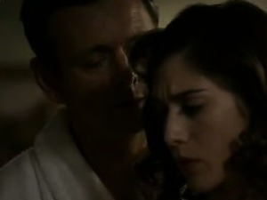 Lizzy Caplan tits and ass in sex scenes