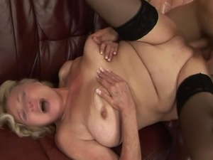 Mature gilf sucking cock before pussysex and cant get enough