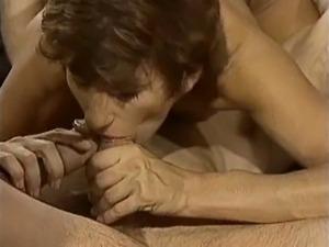 video-parnogo-seksa