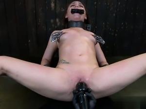 porno-video-bolshie-siski-bdsm