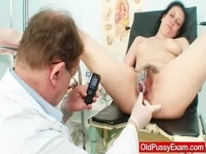 Cougar Helena lousy unshaven hole inspection free