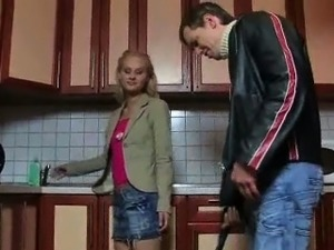 Teen seduces the plumber
