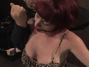 Dissolute Kylie Ireland has Toyed involving the toy And bound Up