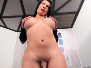 Tgirl doggystyled up her bigbooty