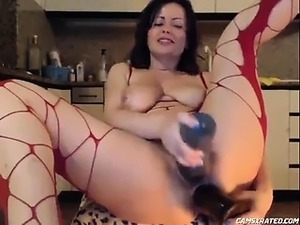 Milf Alone at Home Gaping Anus