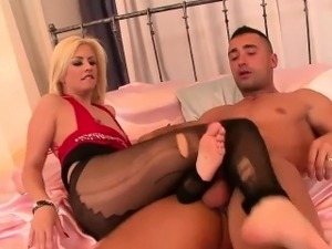 Dirty hooker has her tight pussy pummeled