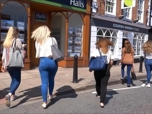 Sexy arsed blonde, with skin tight jeans