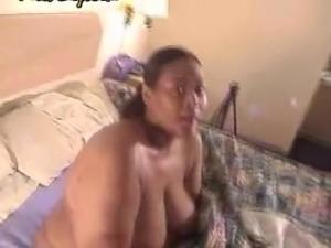 Big breasted bbw giving head