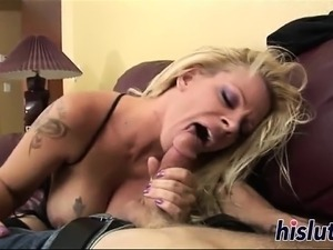Lusty mature blonde has her pussy rammed