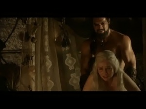 Emilia Clarke in Game of Thrones - 2