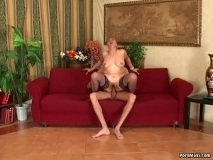 Hairy granny gets her pussy and ass fucked by huge cock Real-granny-porn,...