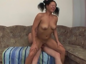 old & young - stepma sucking young cock