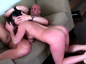 Black-haired demoiselle with a shaved pussy and her new bald lover