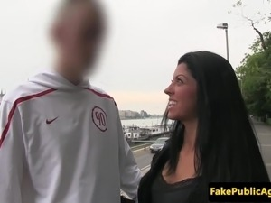 Euro gf cheating on her boyfriend for cash