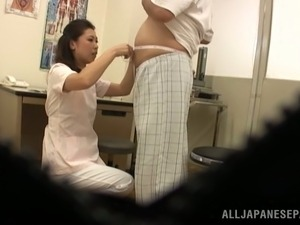 Japanese doctor gives a blowjob to her patient in hidden cam video
