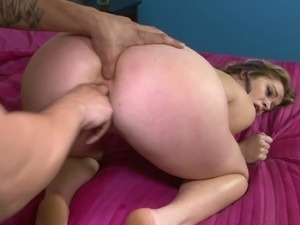 Slut finds out that first time anal sex hurts a little bit