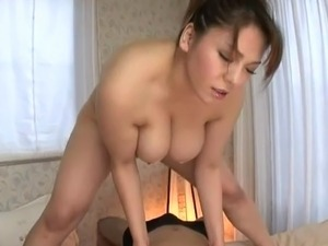 Massive natural boobs babe An Mitsuki fucking Japanese dick