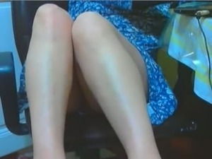 My spouse teases me with her beautiful legs in homemade solo