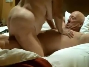 Old couple has a nasty freaky time together R20