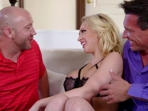 Impressive babe deals with two cocks in a DP MMF scene
