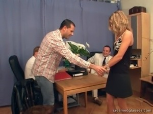 Blonde secretary with trimmed pussy truly enjoys the taste of sperm