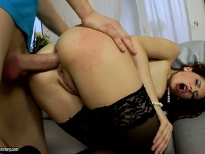 Hypnotizing brunette lady Tanata tastes cock after anal penetration
