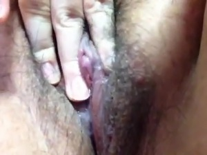 Japanese BBW hairy pussy close up masturbation