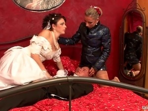 Bride in nylon stockings banging on massive dick till reaching orgasm