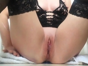 Masturbating my squirting pussy with butt plug up my arse